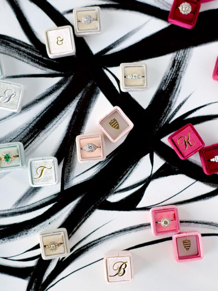 the-mrs-box-color-ring-box-velvet-monogram13