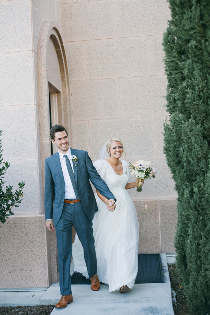 bright-romantic-poppy-wedding-california03
