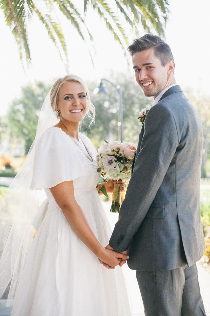 bright-romantic-poppy-wedding-california14