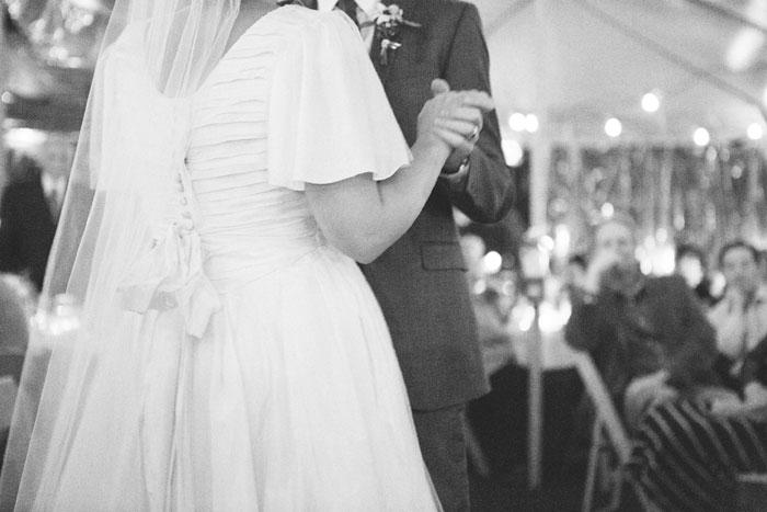 bright-romantic-poppy-wedding-california25