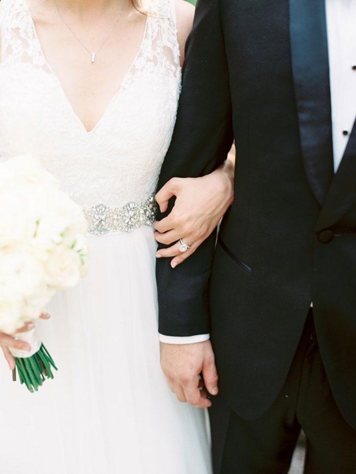 classic-romatic-saint-louis-wedding-lace-04