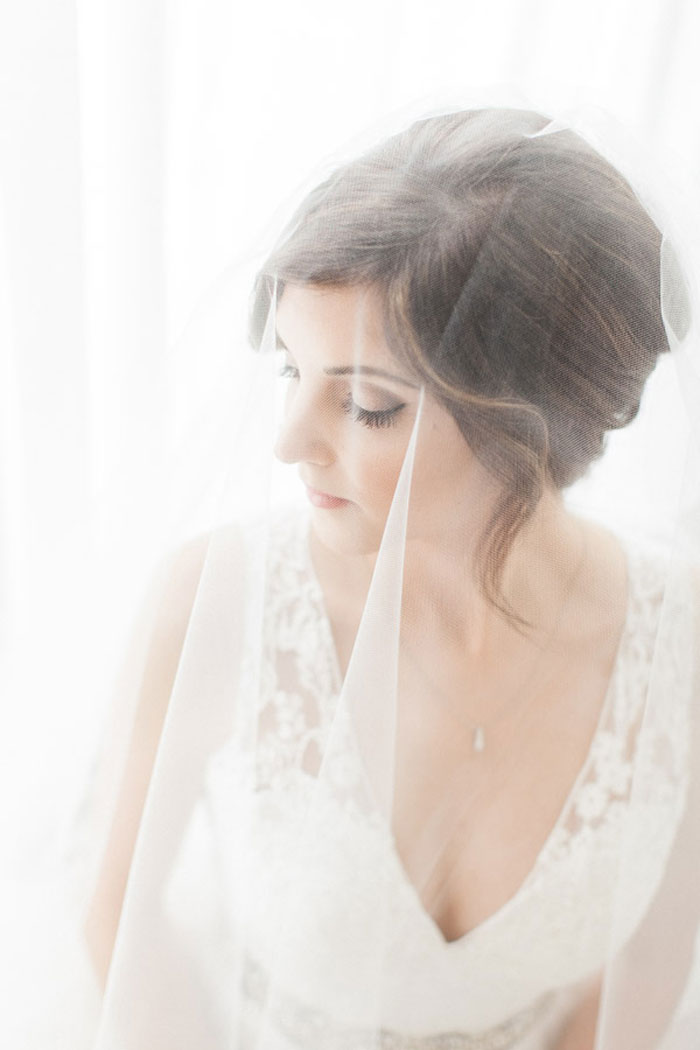 classic-romatic-saint-louis-wedding-lace-11