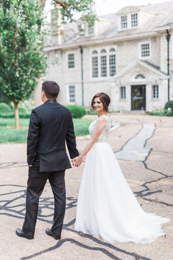 classic-romatic-saint-louis-wedding-lace-15