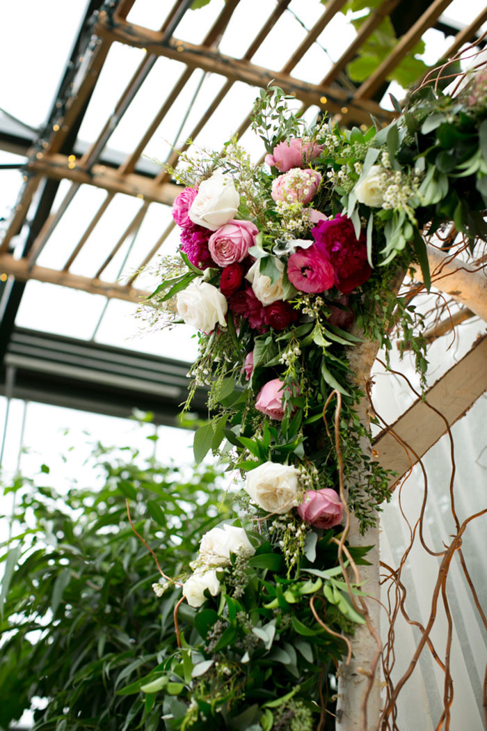 conservatory-wedding-michigan-lush-floral-35
