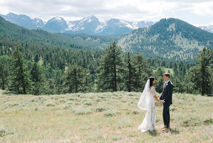 estes-park-elegant-ranch-wedding-inspiration00