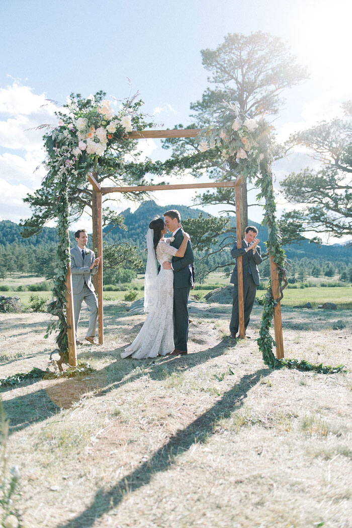 estes-park-elegant-ranch-wedding-inspiration23