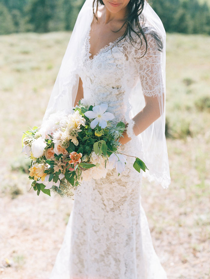 estes-park-elegant-ranch-wedding-inspiration30