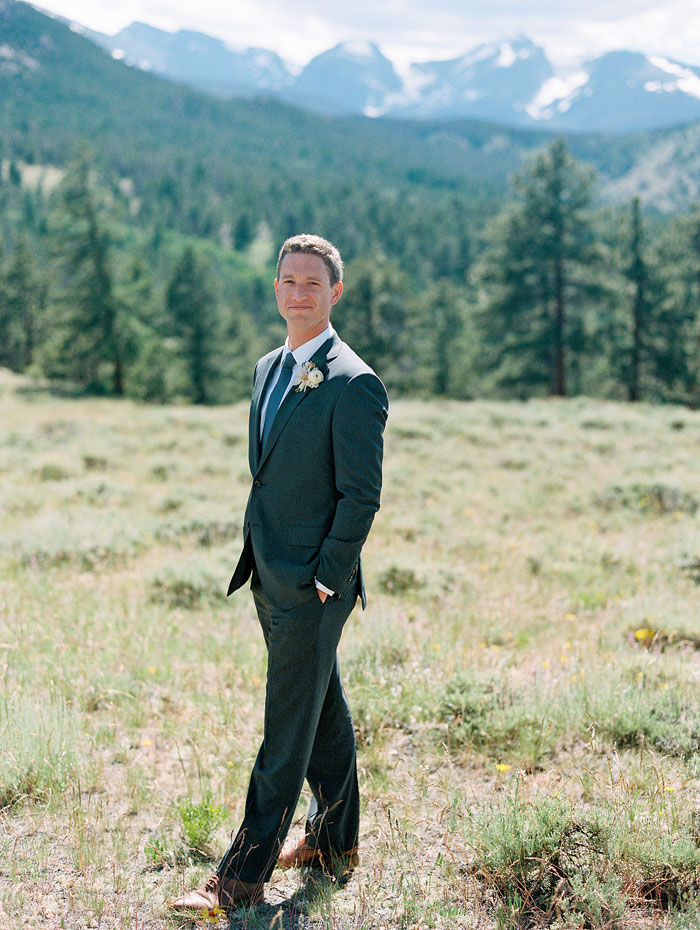 estes-park-elegant-ranch-wedding-inspiration39