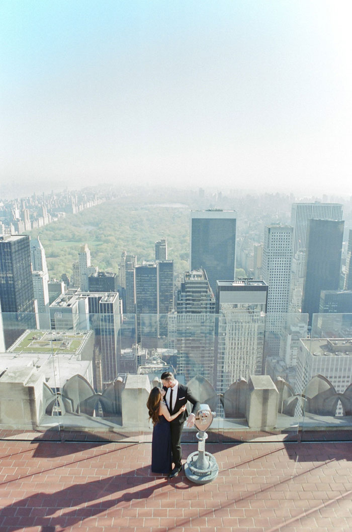 new-york-engagement-empire-state-building-25