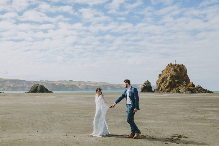 new-zealand-beach-engagment-photography17