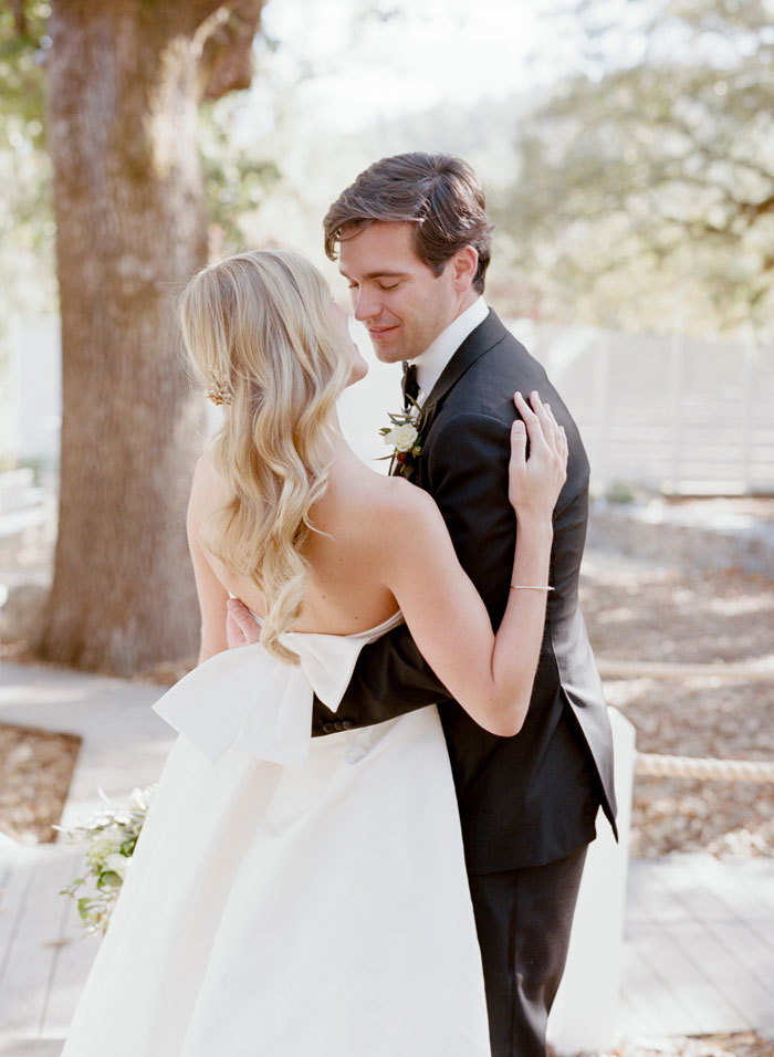saint-helena-elegant-ranch-wedding-12