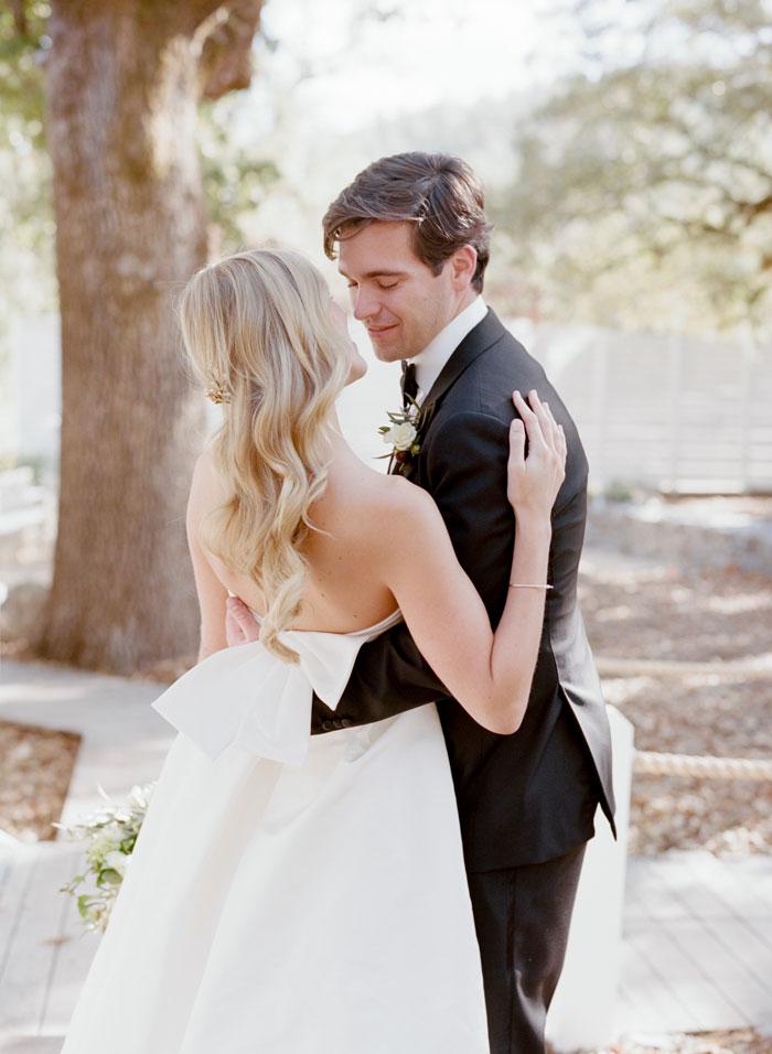saint-helena-elegant-ranch-wedding-12