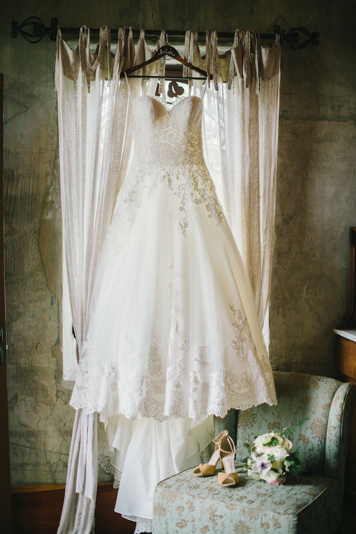 texas-wedding-rustic-industrial-classic-00