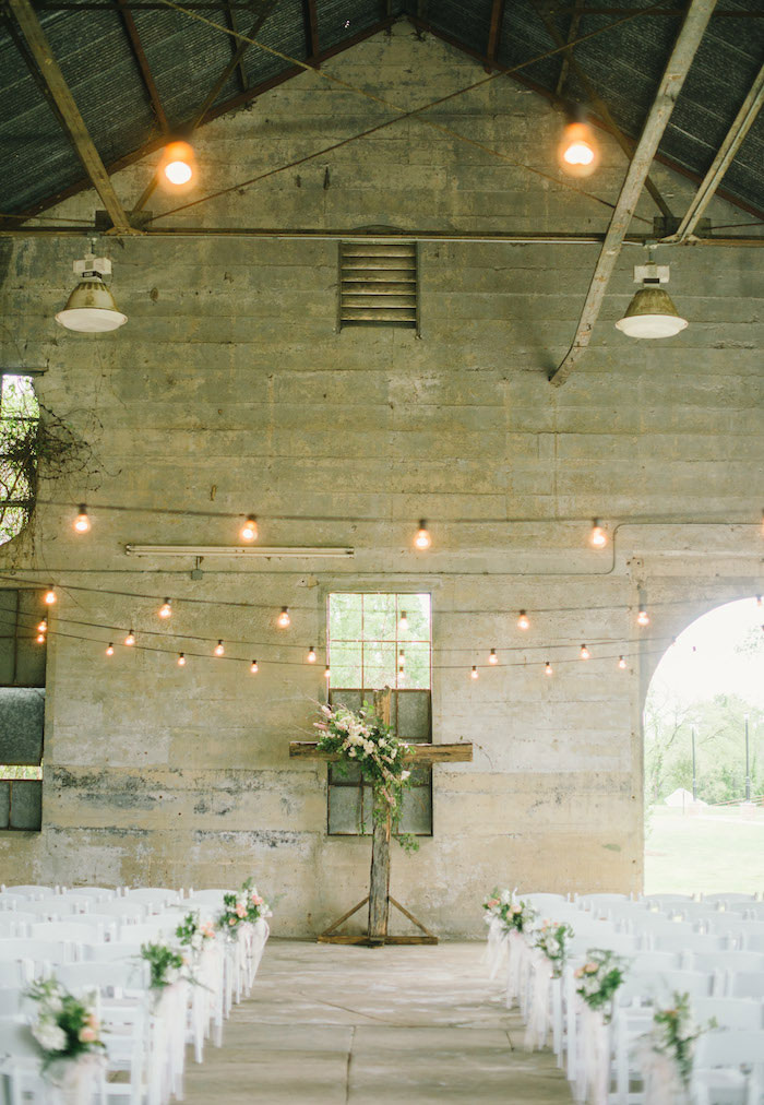 texas-wedding-rustic-industrial-classic-04
