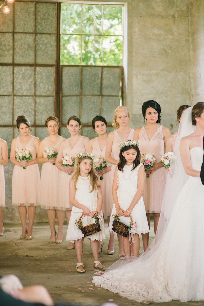 texas-wedding-rustic-industrial-classic-14