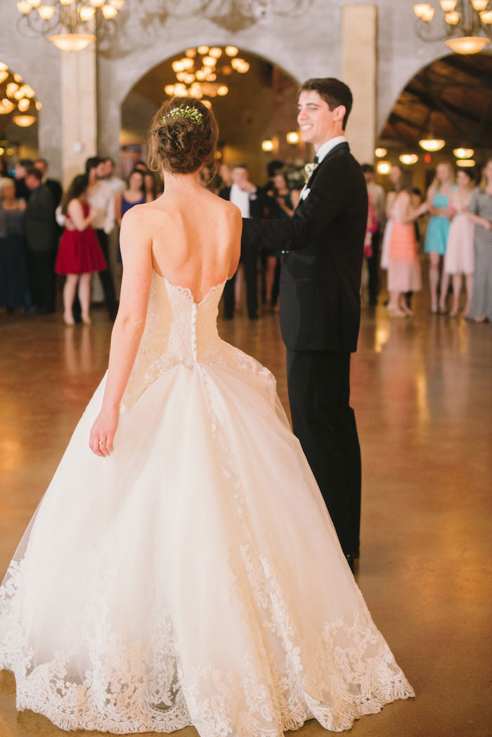 texas-wedding-rustic-industrial-classic-27