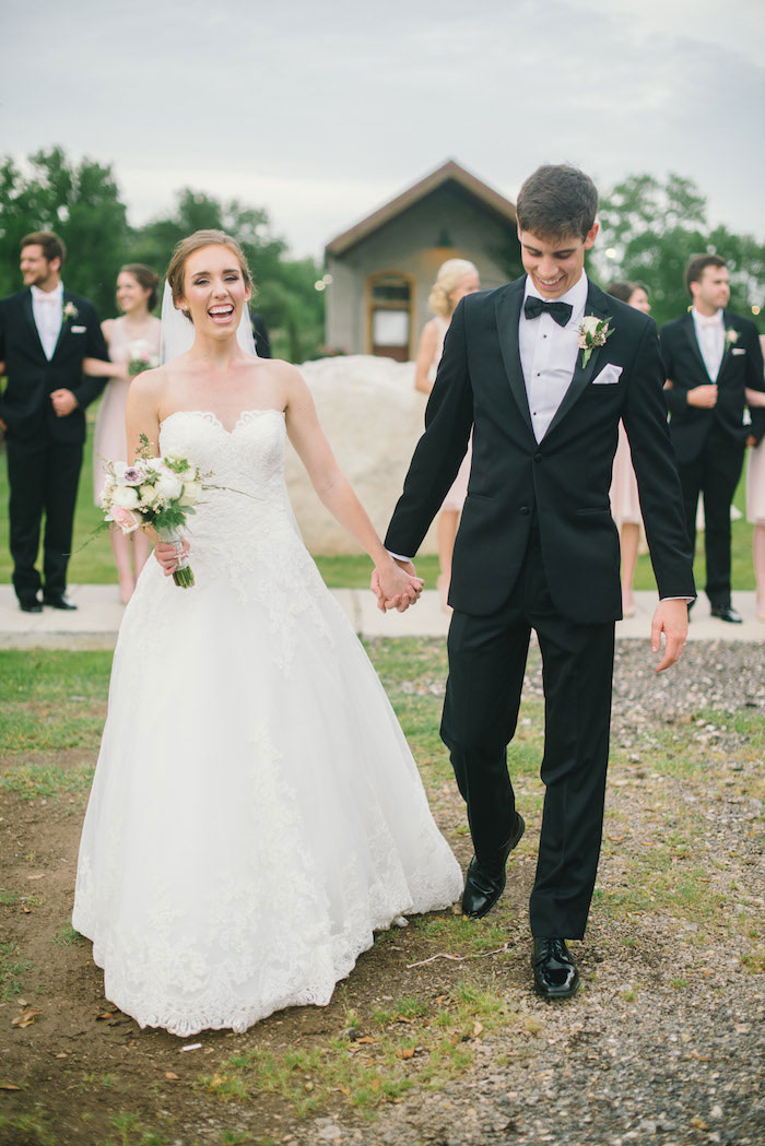 texas-wedding-rustic-industrial-classic-47