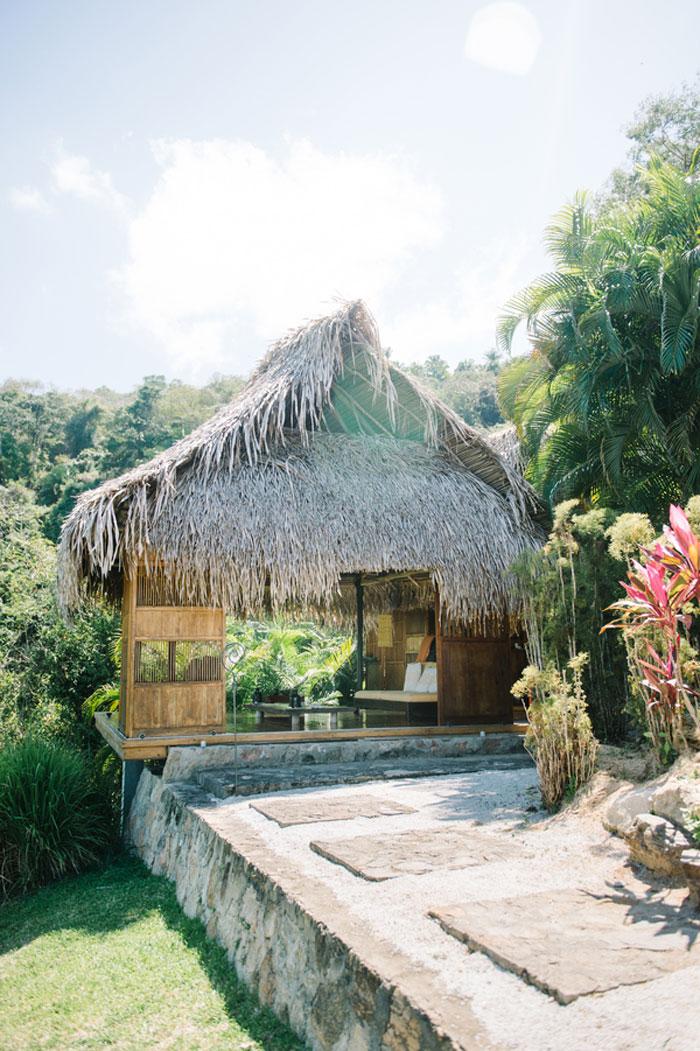 verana-destination-wedding-tropical-jungle-inspiration-01