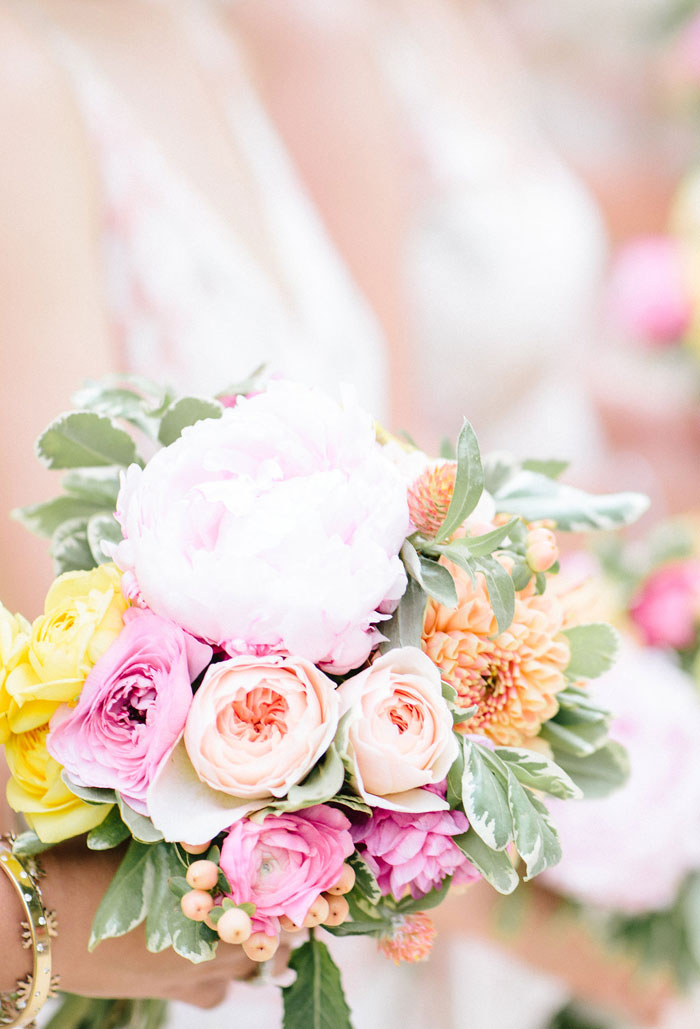 campovida-pink-florals-vineyard-wedding-inspiration-07
