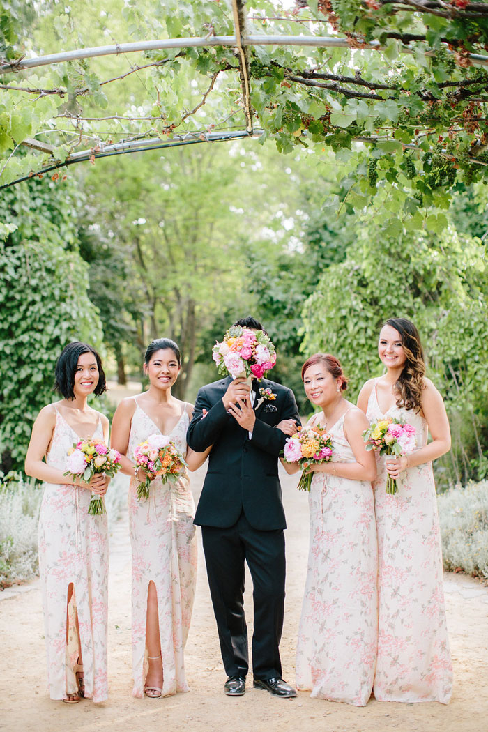 campovida-pink-florals-vineyard-wedding-inspiration-12