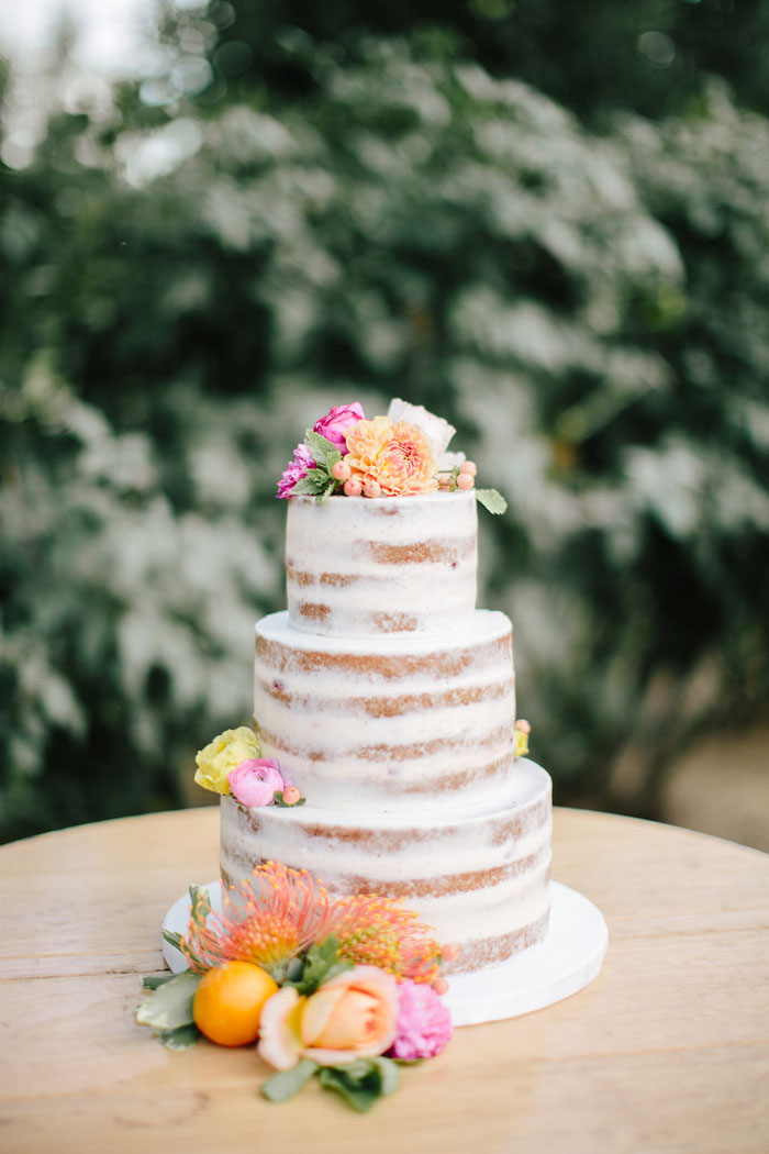 Naked Wedding Cake Trends by Grey Likes