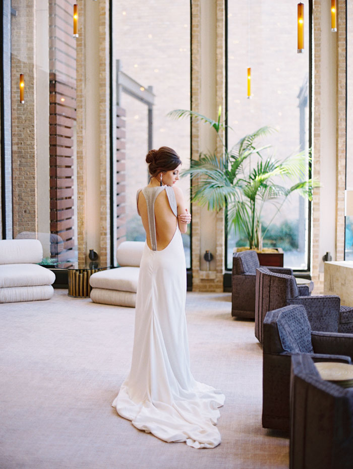 moody-glam-wedding-highland-dallas-14