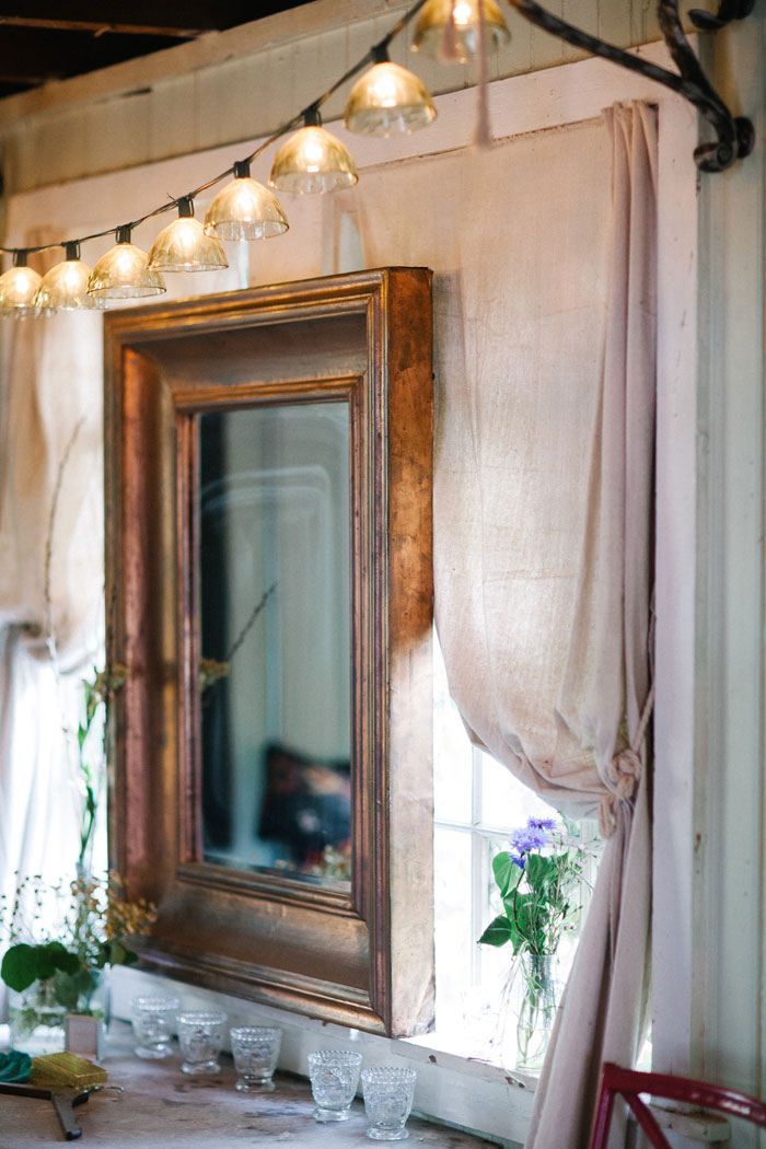 rustic-wedding-inspiration-terrian-greenhouse-00