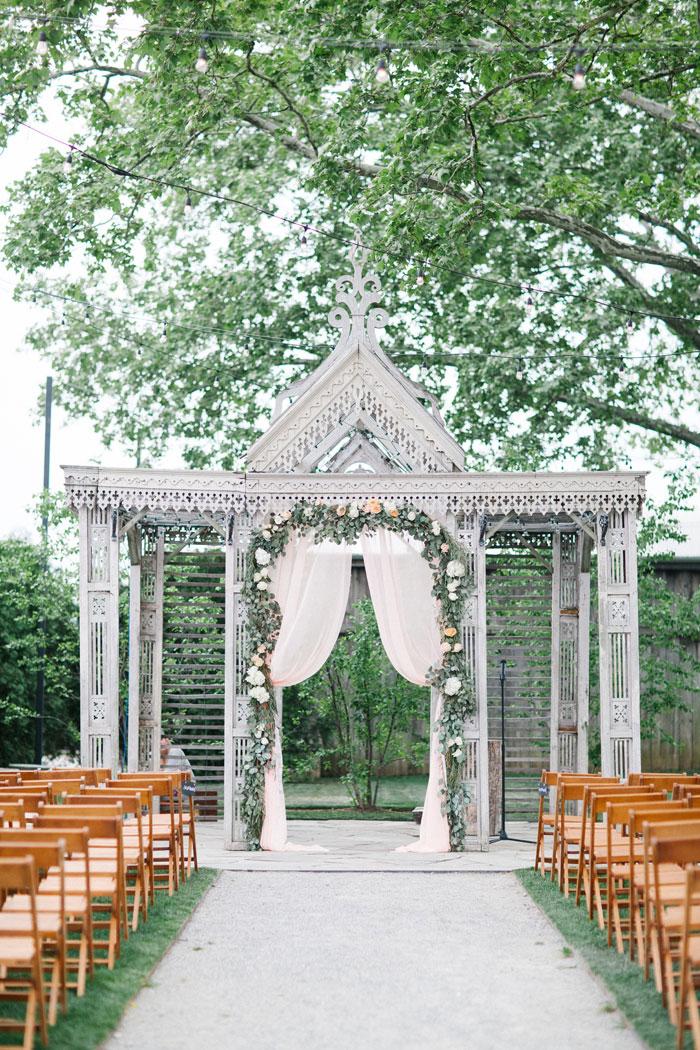 rustic-wedding-inspiration-terrian-greenhouse-11