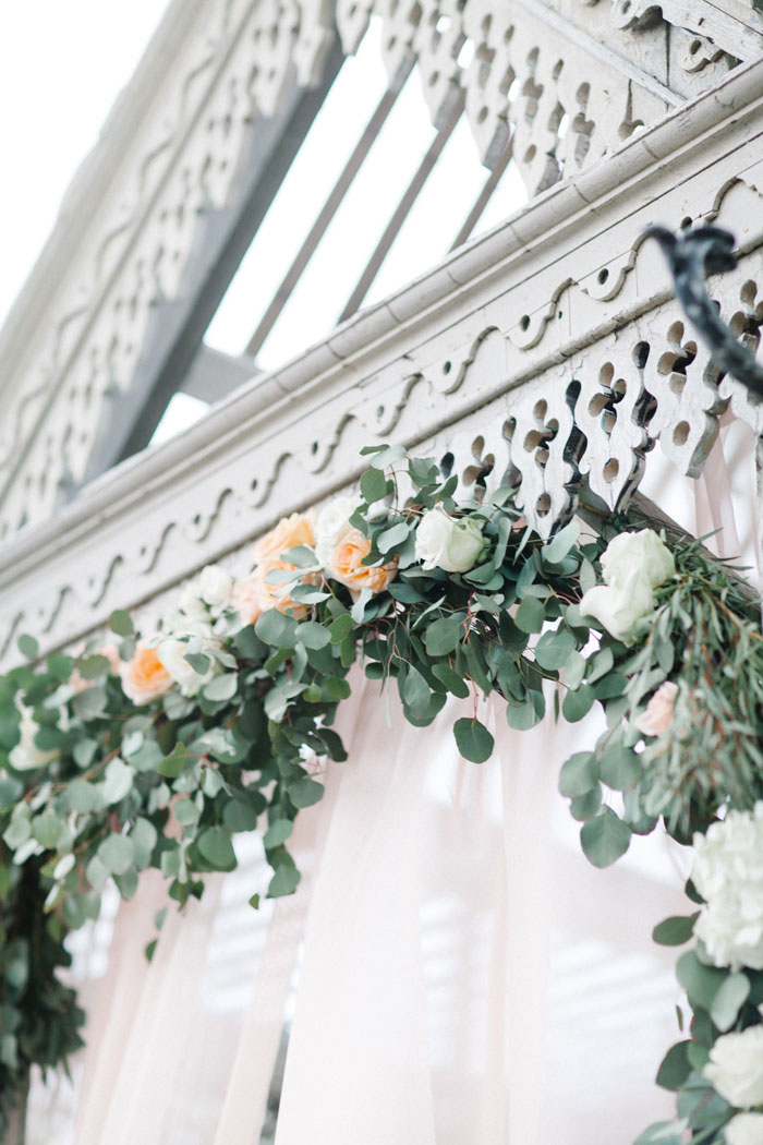 rustic-wedding-inspiration-terrian-greenhouse-15