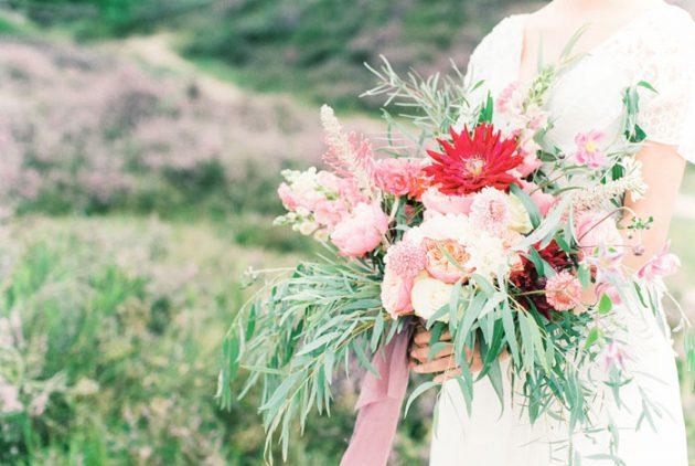 dreamy-natural-heathlands-floral-inspiration-shoot-07