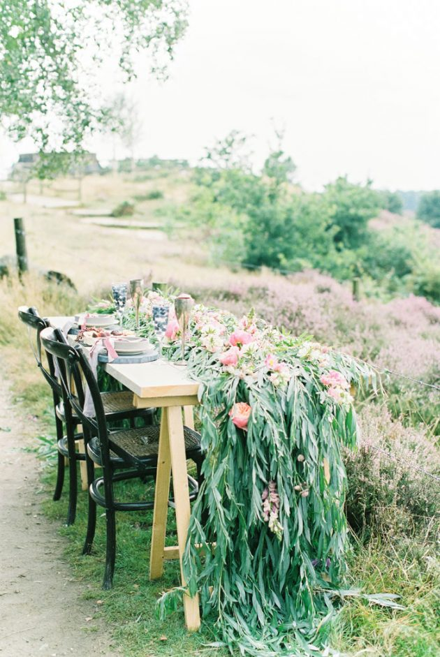 dreamy-natural-heathlands-floral-inspiration-shoot-15