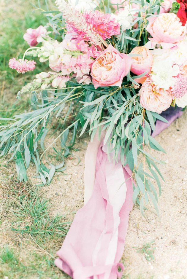 dreamy-natural-heathlands-floral-inspiration-shoot-27