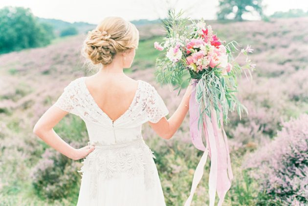 dreamy-natural-heathlands-floral-inspiration-shoot-32