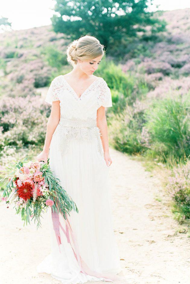 dreamy-natural-heathlands-floral-inspiration-shoot-35