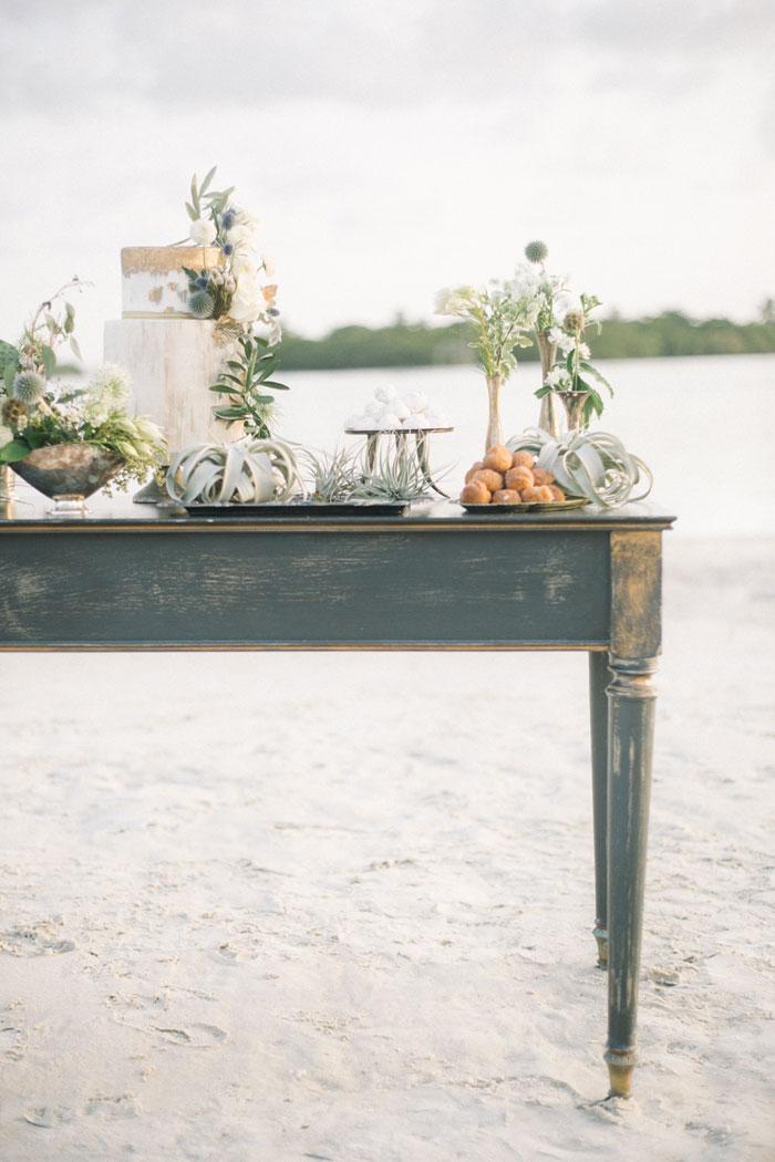 greek-wedding-inspiration-beach-decor-07