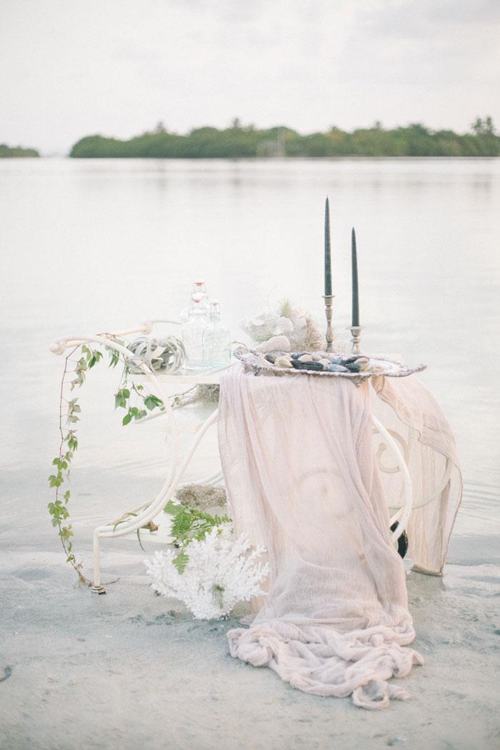 greek-wedding-inspiration-beach-decor-19
