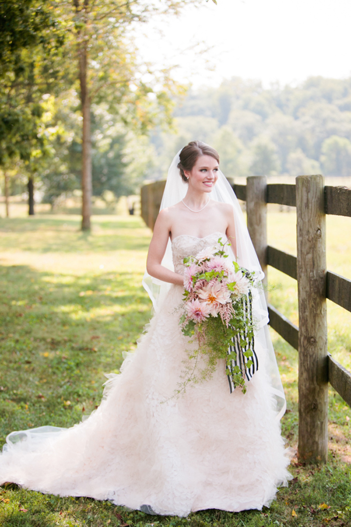 kentucky-polo-barn-wedding-inspiration-preppy 13