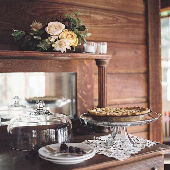 rustic-maine-enchanted-wedding-inspiration-09
