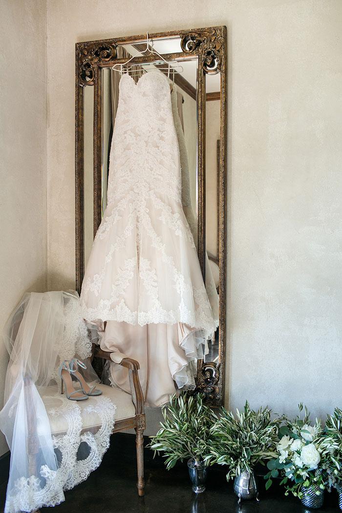 vineyard-wedding-austin-texas-inspiration-00