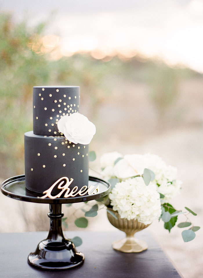 glam-desert-new-years-eve-inspiration-shoot25