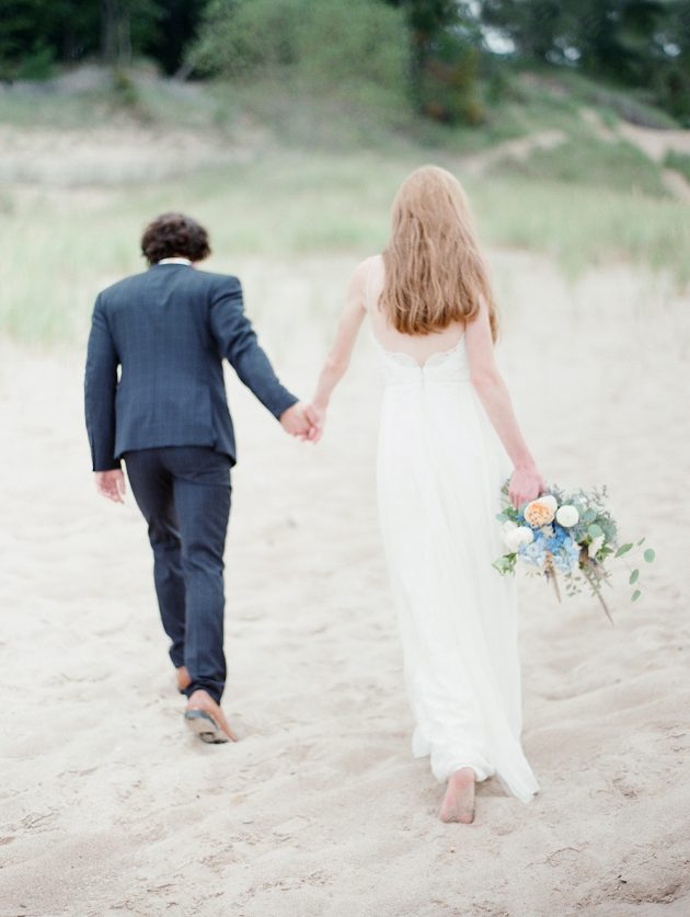 lake-michigan-ethereal-beach-styled-shoot 18
