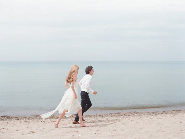 lake-michigan-ethereal-beach-styled-shoot 22