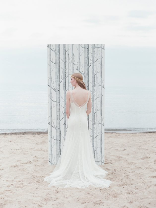 lake-michigan-ethereal-beach-styled-shoot 29