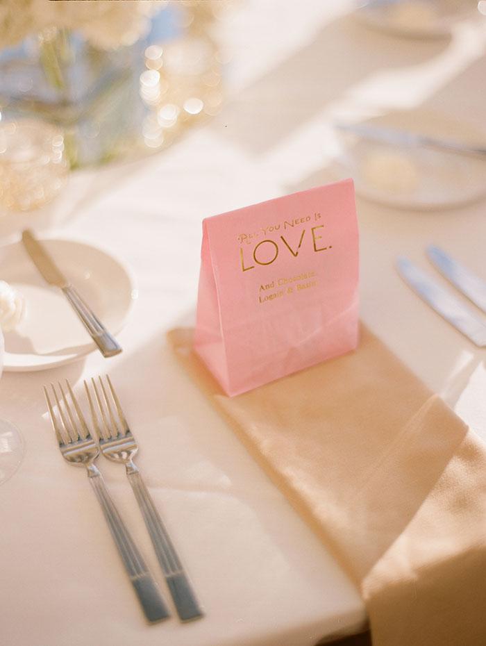 modern-detroit-glam-romantic-wedding-inspiration-07