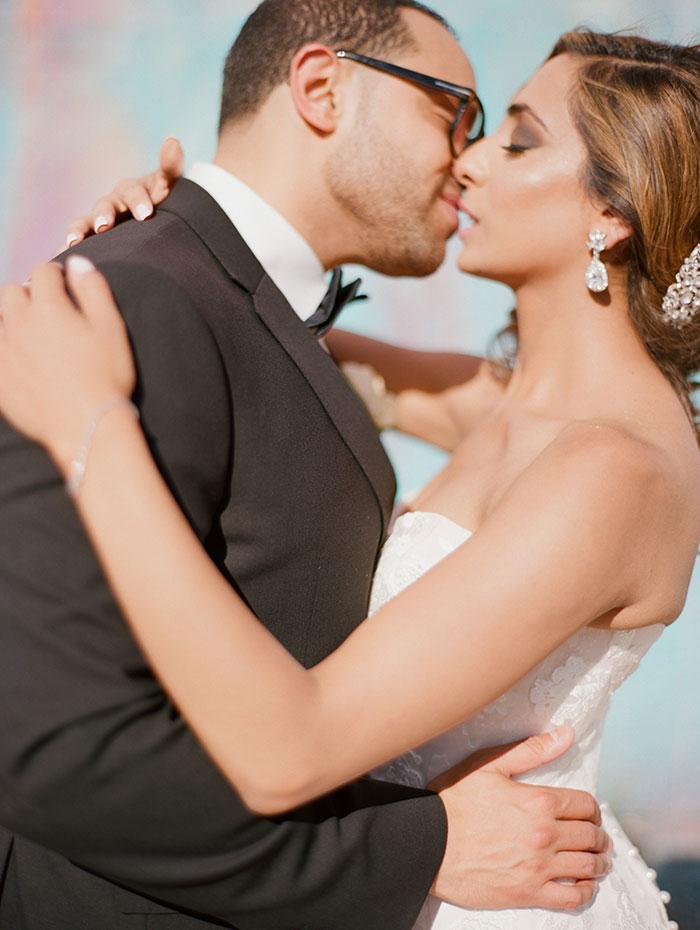 modern-detroit-glam-romantic-wedding-inspiration-22