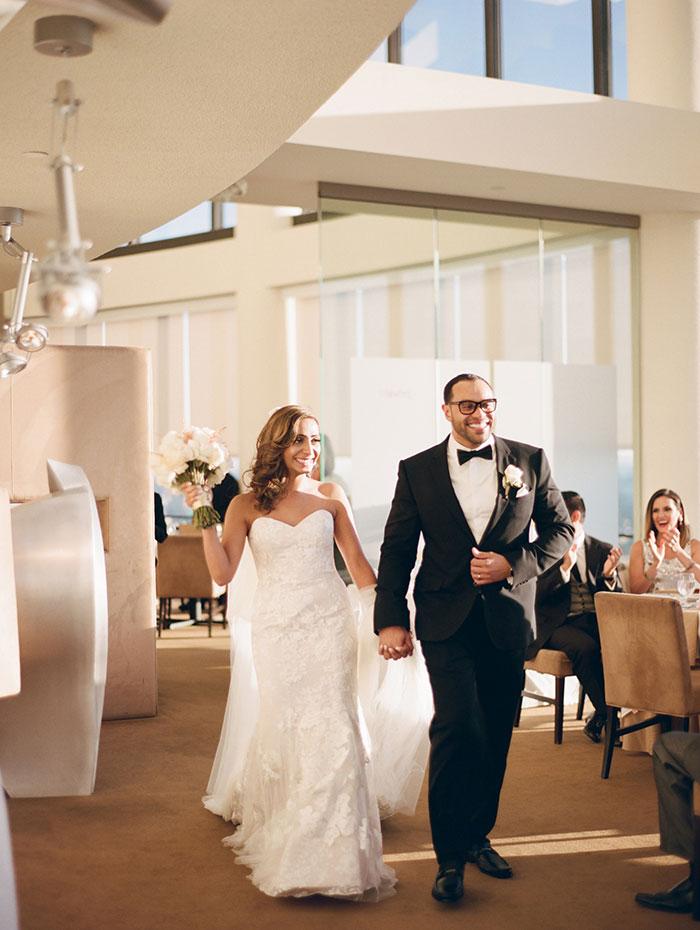 modern-detroit-glam-romantic-wedding-inspiration-32