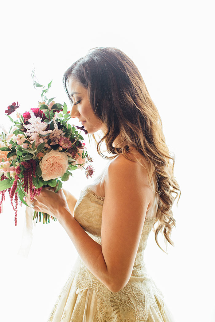 san-francisco-outdoor-fall-red-floral-wedding-inspiration-05