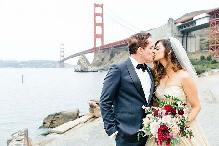 san-francisco-outdoor-fall-red-floral-wedding-inspiration-11