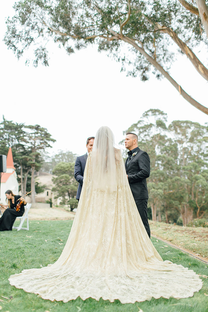 san-francisco-outdoor-fall-red-floral-wedding-inspiration-25