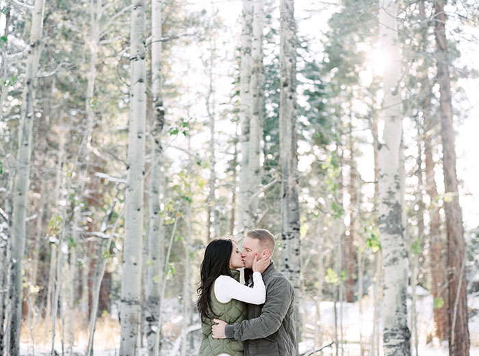 winter-lake-tahoe-engagement-photos-inspiration17